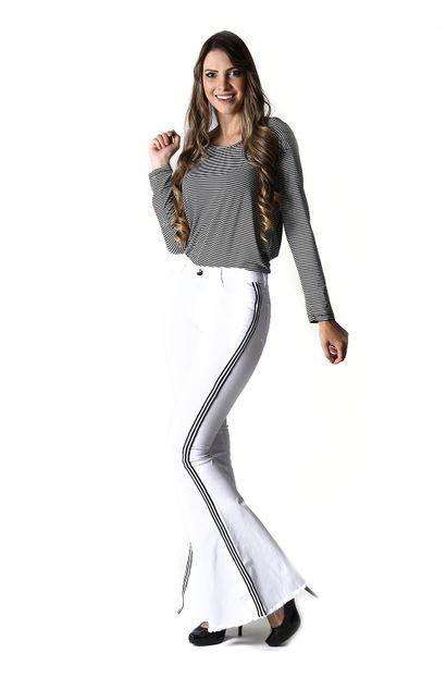 Calça Jeans Feminina Flare Cintura Media  - 254164