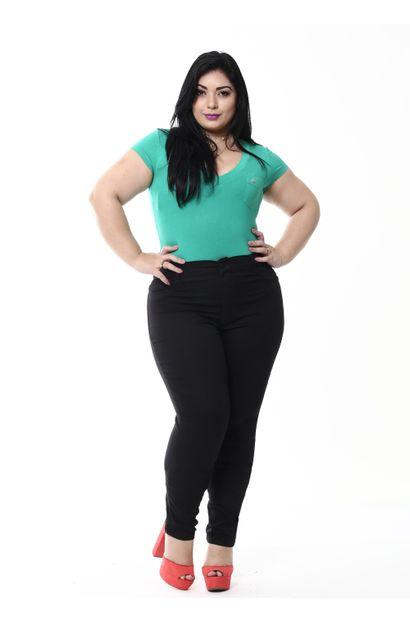 5e07774752 Plus Size Feminino - Jeans - Calça SAWARY Plus Size Preto de R 100 ...